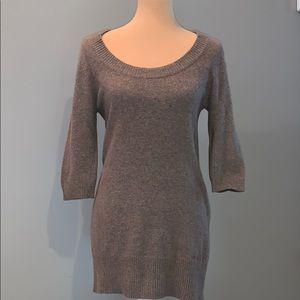 BVBG MaxAzria Scoop neck tunic top sweater
